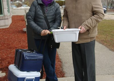 Volunteers Delivery to Home